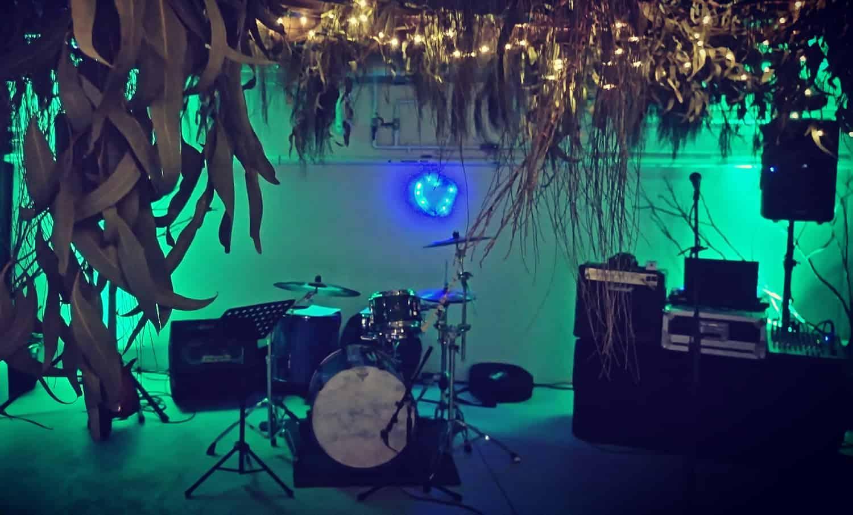 diy themed wedding garage jungle theme mount eliza melbourne