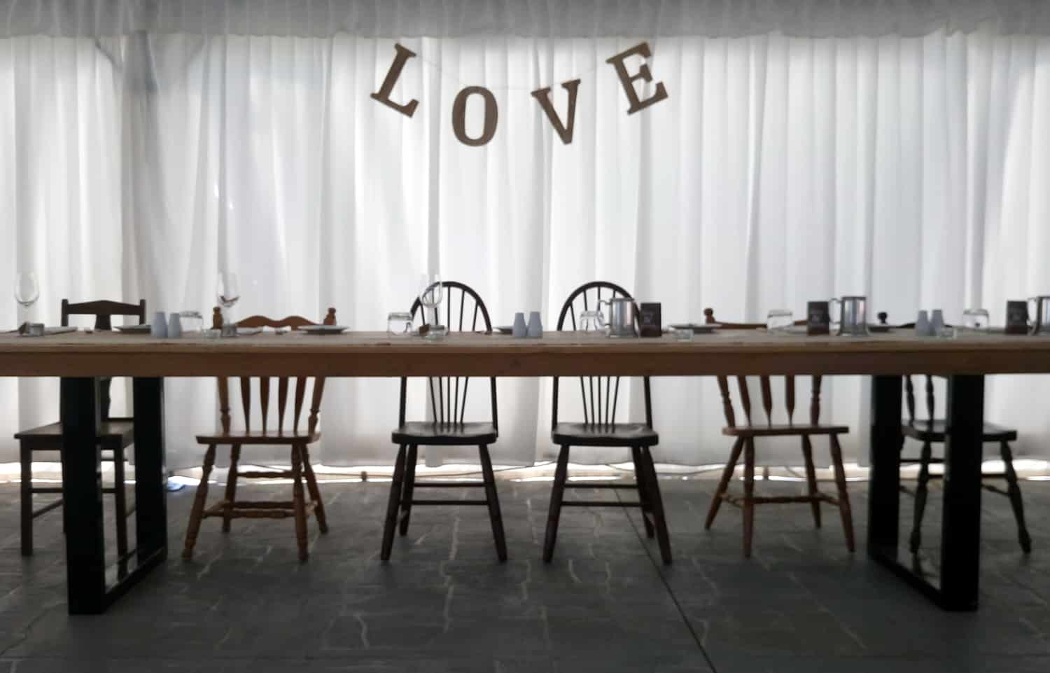 diy wedding chairs bridal table mismatched rustic vintage style